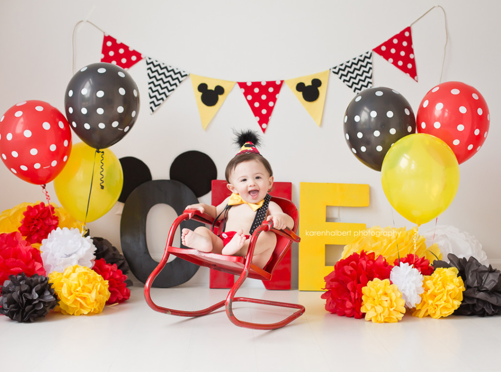 Mickey Mouse Smash Cake: Happy One Year Birthday, Harper! [cake Smash]